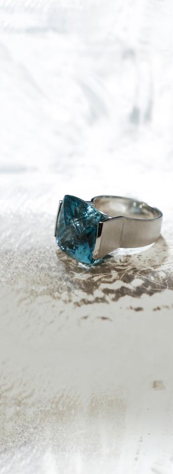 Ring - wit goud - aquamarijn